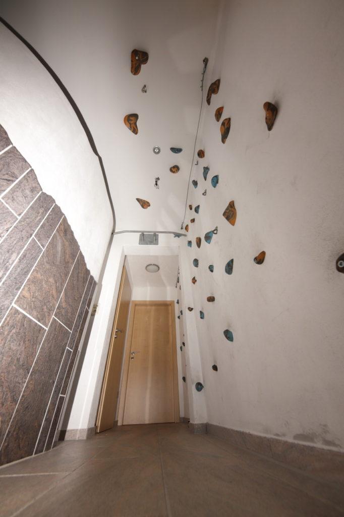 Bio Ferienhof Hagspiel Wellness Bereich Kletterwand